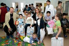Они дарят детям радость