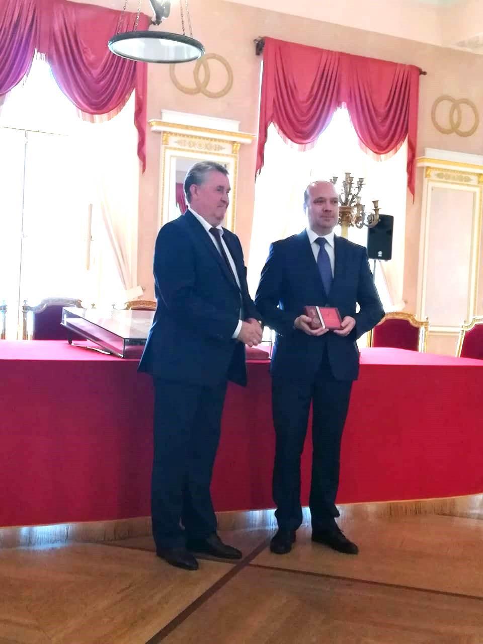 Виссарионов С. В. награждён почётным Знаком муниципального Совета г. Пушкина «За заслуги» (медаль I степени)